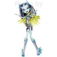 Кукла Monster High Фрэнки Штейн Voltageous Серия: Супергерои